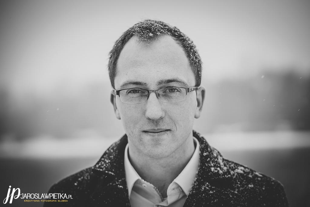 zimowa sesja narzeczeńska_sejs narzeczeńska fotograf ślubny