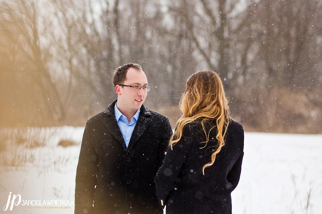 zimowa sesja narzeczeńska_sesja zimowa_fotograf na ślub
