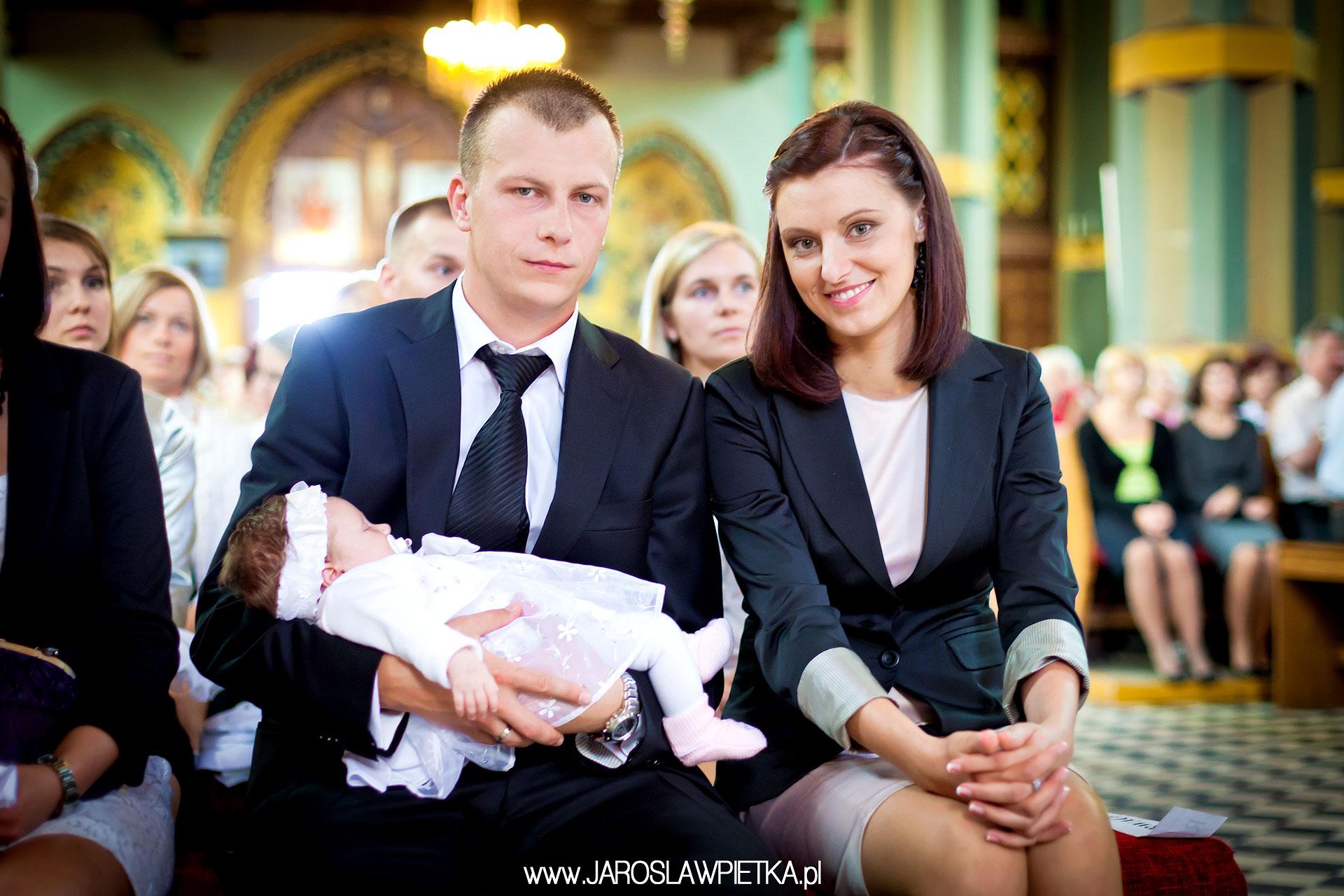 chrzest galeria zdjęć _ fotografia podczaz chrztu świętego _ reportaż z chrztu