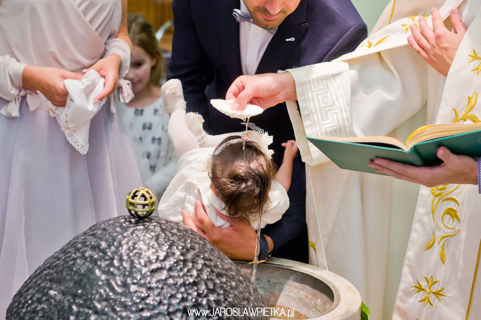 chrzest galeria zdjęć _ fotograf na chrzest Pilawa, Garwolin, Mińsk Mazowiecki Kołbiel