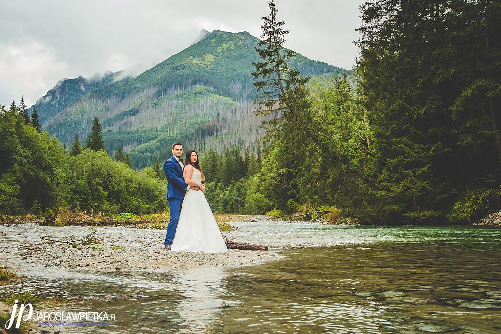 Plener ślubny w górach_Sesja ślubna w górach