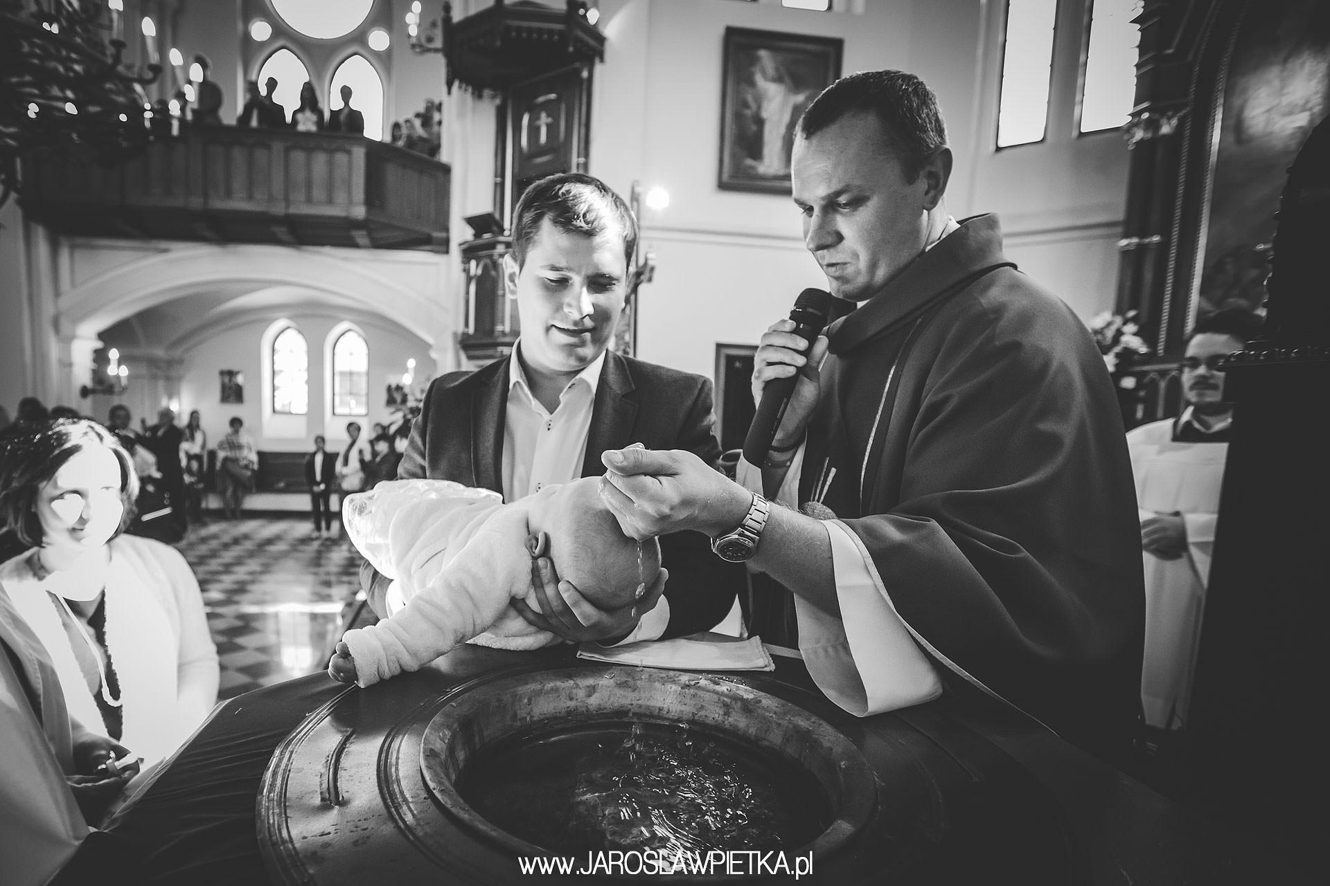 chrzest galeria zdjęć _ chrzest święty zdjęcia w kościele