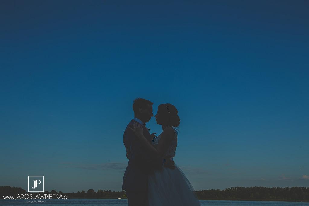 Ślub w plenerze nad Zegrzem - Justyna i Darek